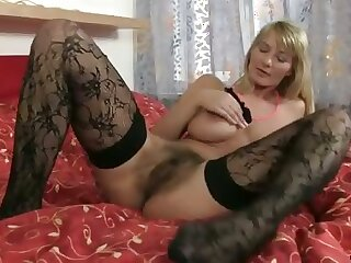 Bigtit cougar toys say no to hairy pussy